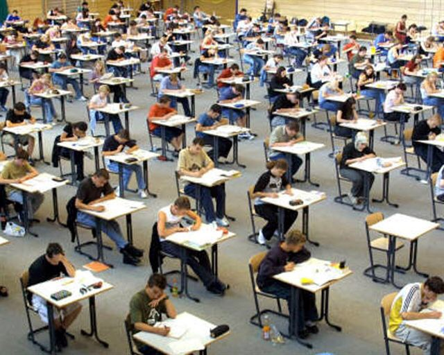 Un monitoraggio cantonale per promuovere la competizione tra le scuole?