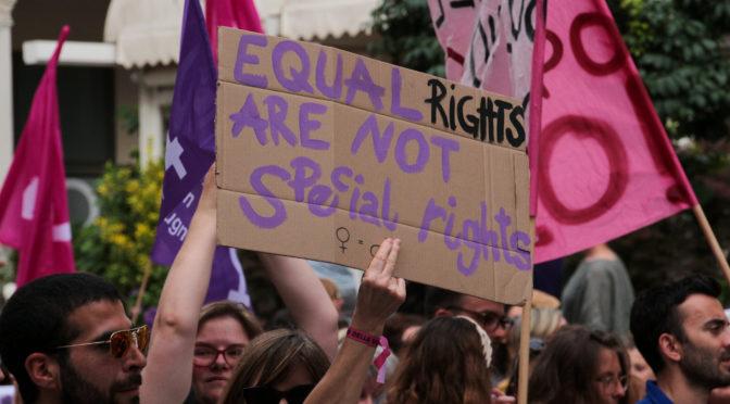 In Alabama, l'aborto è di nuovo illegale: basta calpestare i diritti delle donne!