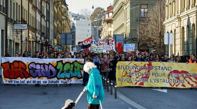 In rivolta per l'istruzione! Il SISA aderisce alla alleanza studentesca Azione_Istruzione